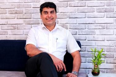 Dr. Nandakumar